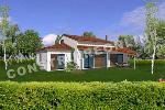 maison contemporaine avec étage et terrasse couverte