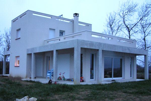 Plan maison plain pied 130m2 dcouvrir cette maison maison for Maison container plain pied