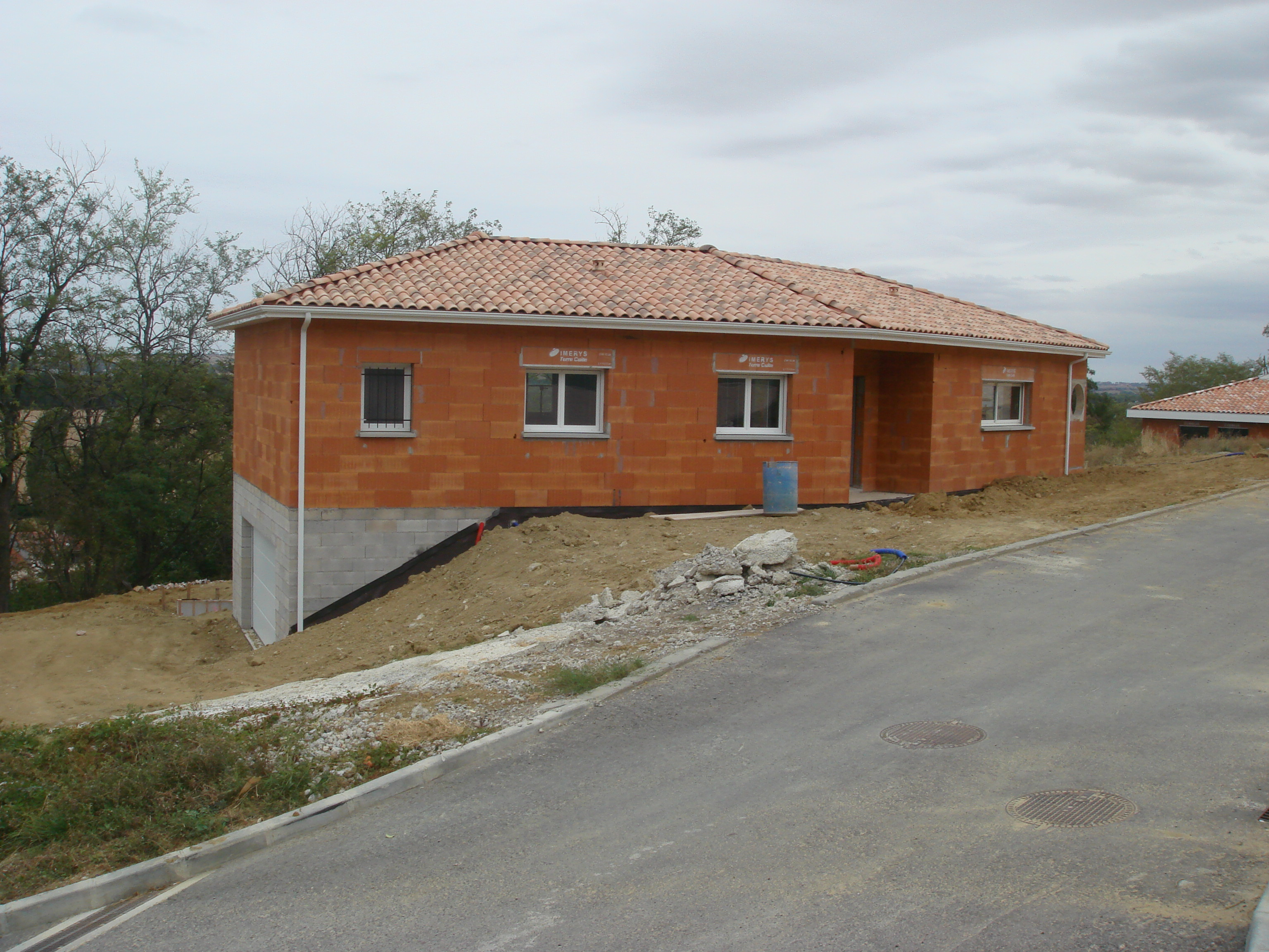 Construction d une maison en v pompertuzat en haute garonne for Terrain construction