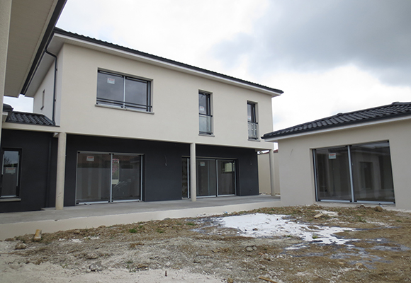 En direct de nos chantiers construction d une maison colomiers 31 - Maison en forme de u ...